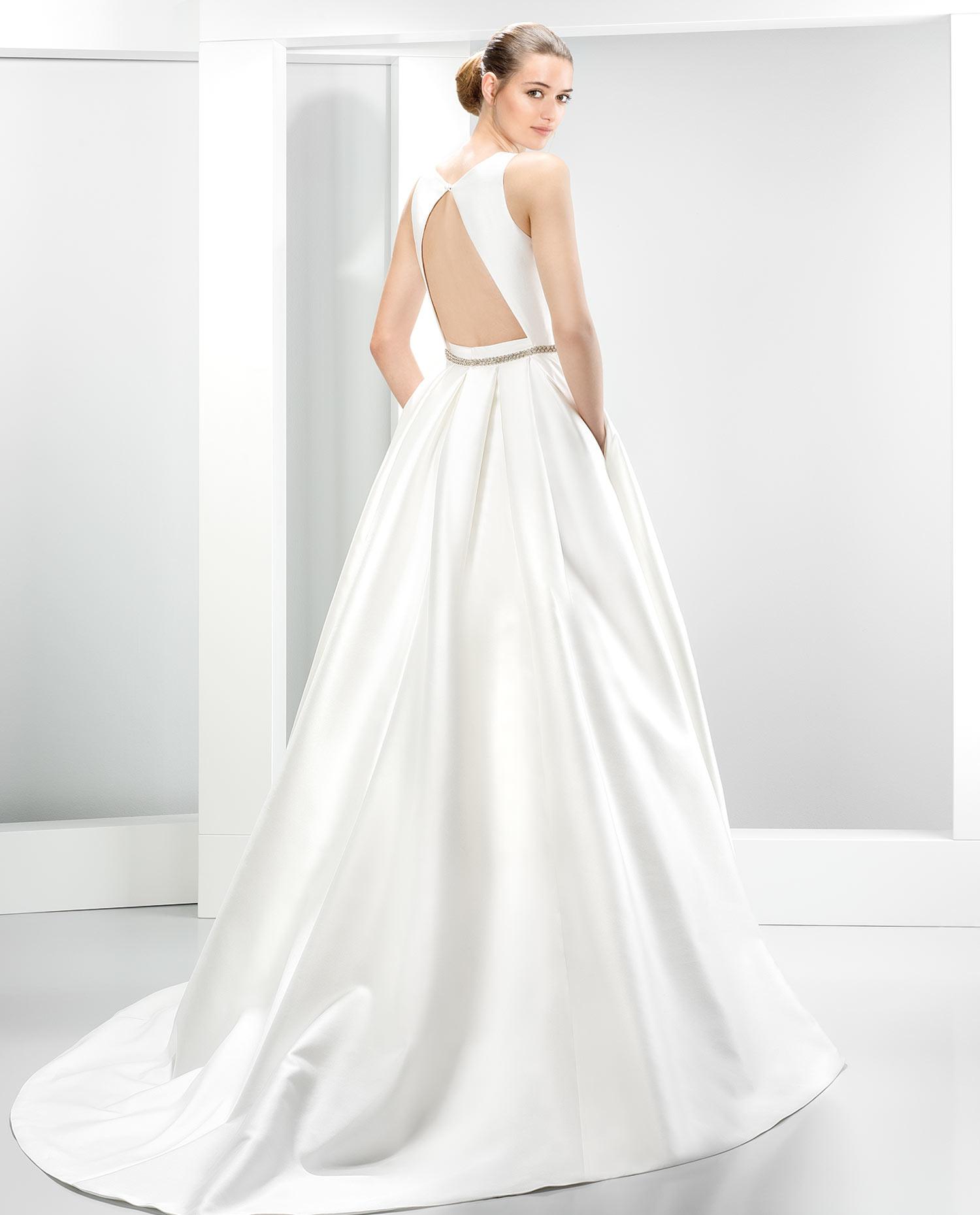 Costo abiti da sposa jesus peiro